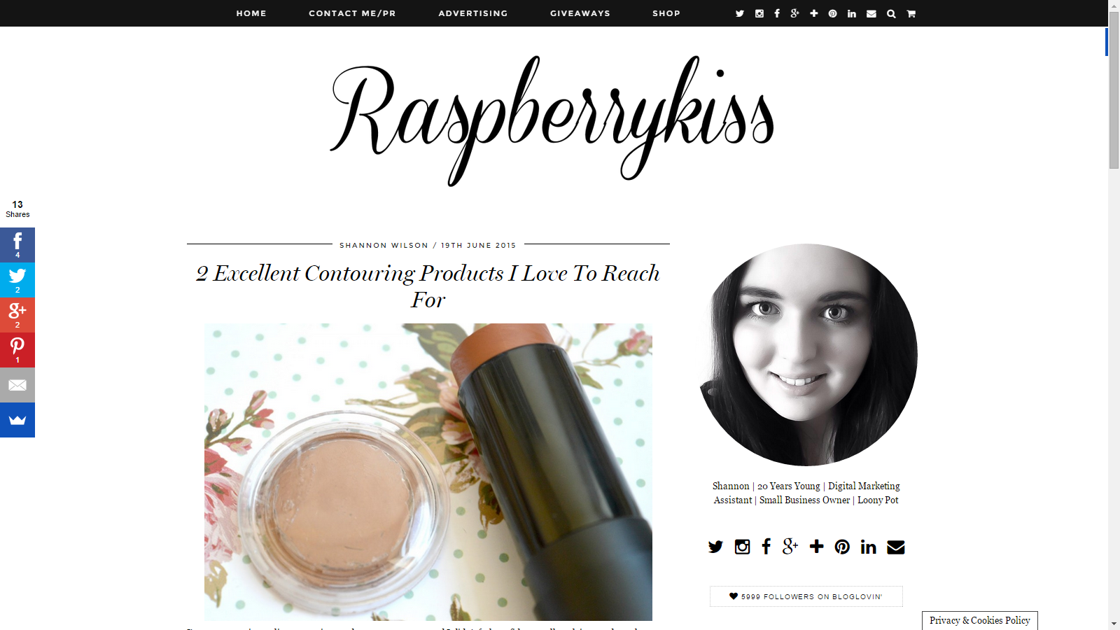 Raspberrykiss Uses Veil Cover Cream To Contour